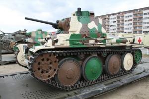 Tank Lt-38. Historické exponáty ze sbírek VHÚ na pražské Letné v rámci oslav 100. výročí založení republiky