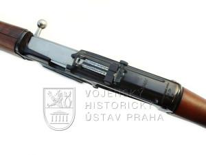 Samonabíjecí puška ZH 29