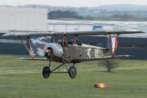 Nechyběly ani letové ukázky replik letounů z 1. světové války. (foto Petr Kolmann)