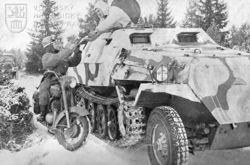 Obrněný transportér OT-810