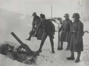Rakousko-uherský 9cm minomet vz. 14, italská fronta, leden 1918.