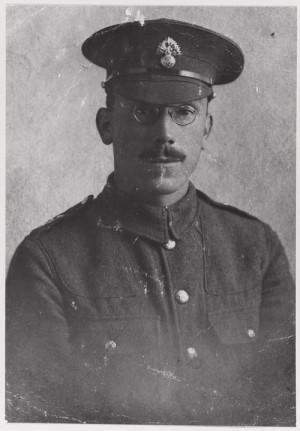 V Sále hlasů zní i výpověď vojína Harolda Boughtona, který během války sloužil na Maltě, v Egyptě, zúčastnil se výsadku v Gallipoli a bojoval i na západní frontě. Ve chvíli, kdy bylo vyhlášeno příměří, mu bylo 23 let. FOTO: © IWM (485 PH)