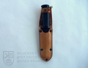 Nůž útočný vz. 75