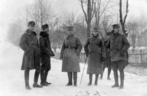 Důstojníci domácího vojska na demarkační čáře na Těšínsku v únoru 1919