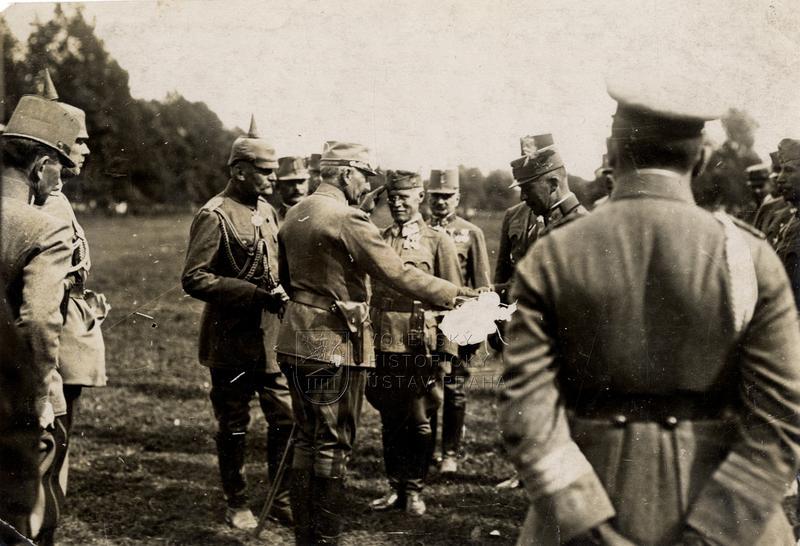 Císař Vilém II. u rakousko-uherské jednotky