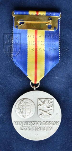 Pamětní odznak summit NATO Praha 2002