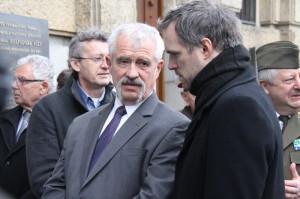 Spoluautor výstavy Jaroslav Láník z VHÚ (vlevo) a primátor Prahy Zdeněk Hřib