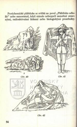 Ilustrace užití protichemické pláštěnky.