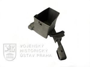 Plnička zásobníku do kulometu ZB 26