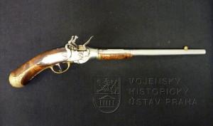 Pistole opakovací s křesadlovým zámkem, Berselli Bologna, kolem 1690