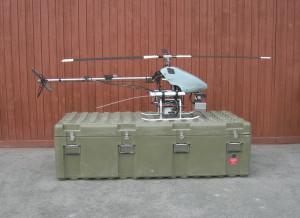 Sestavený vrtulník SR 20 s jednou sadou pohonných baterií, zprava.  FOTO: J. Sýkora