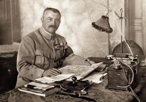 Divizní generál Louis Franchet d'Espèrey, vrchní velitel dohodových vojsk na Balkánu (VHÚ Praha)