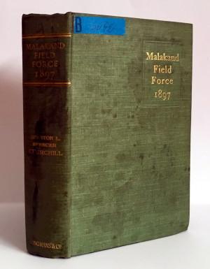Exemplář Churchillovy knižní prvotiny, uložený ve fondu Knihovny VHÚ.