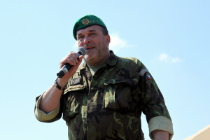 Ředitel VHÚ, plk. gšt. Aleš Knížek při zahájení 24. muzejní sezóny ve VTM Lešany