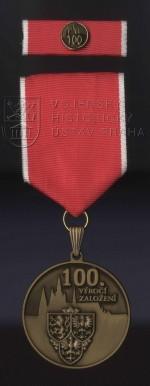 Medaile Hradní stráže k výročí sto let od založení Hradní stráže