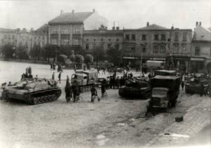 Německá technika na náměstí v Lipníku nad Bečvou, květen 1945