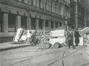 Pražské povstání - barikáda