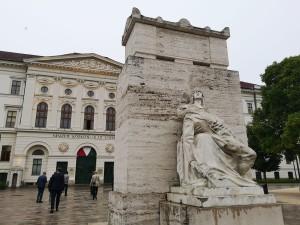 Historická budova Ludovica Academie
