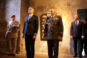 Ministr obrany Lubomír Metnar  a generálmajor Miroslav Hlaváč, zástupce náčelníka Generálního štábu Armády České republiky