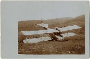 Rakousko-uherský letoun Hansa-Brandenburg C.I zasažený Rumuny