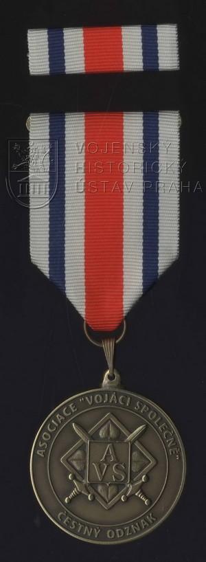 """Čestný odznak Asociace """"Vojáci společně"""""""