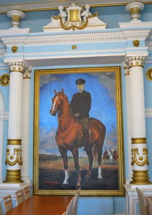 Jezdecký portrét Tomáše Garrigua Masaryka v Zrcadlovém sále v Hranicích.