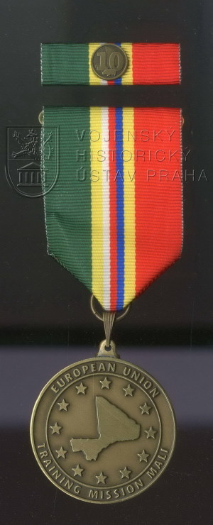 Pamětní odznak 10. úkolového uskupení Mali – EU TM