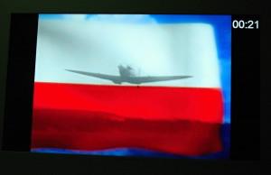 Historii Bitvy o Británii přibližuje několikaminutové video. Účast československých či polských pilotů v tomto největším leteckém střetnutí však připomínají jen státní vlajky obou zemí na konci videoprojekce. FOTO: Jaroslav Beránek