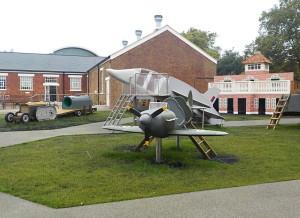 Muzeum Královského letectva myslí i na své nejmladší návštěvníky, pro které na volném prostranství připravilo řadu atrakcí. FOTO: Jaroslav Beránek