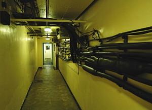 V bunkru bylo instalováno 1195 metrů kabelů. FOTO: Jaroslav Beránek