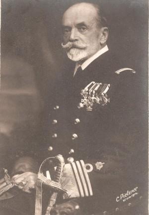 V červenci 1915 velel rakousko-uherskému námořnictvu admirál Anton Haus (1851 - 1917)