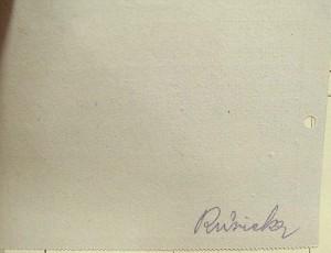 Revers lístku o vyproštění – dolní polovina, která nezůstávala u těla Zde se nacházel obvykle podpis policisty, který lístek vyplňoval, seznam cenných předmětů, zajištěných u těla a často i identifikační prohlášení nejbližších příbuzných.