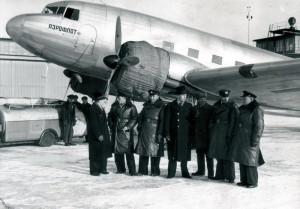 Sovětští letci na letišti Berlín-Rangsdorf 21. ledna 1940 (Foto: Národní archiv)