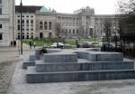 """Kamenná připomínka minulosti u sousedů: """"Pomník dezertérů"""" ve Vídni"""