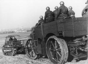 Dělostřelecké tahače Praga IV a Daimler vz. 17, druhá polovina 30. let