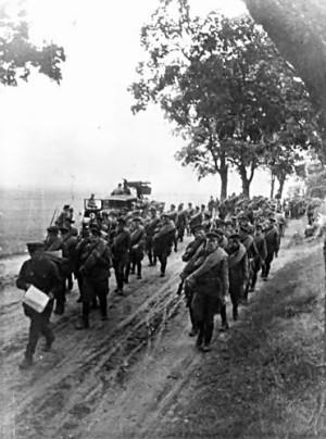 Pěší jednotka Rudé armády v Polsku, v září 1939 (TASS)