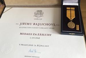 Medaile Za zásluhy I. stupně