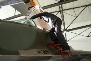 Výstup do kabiny MiG-29