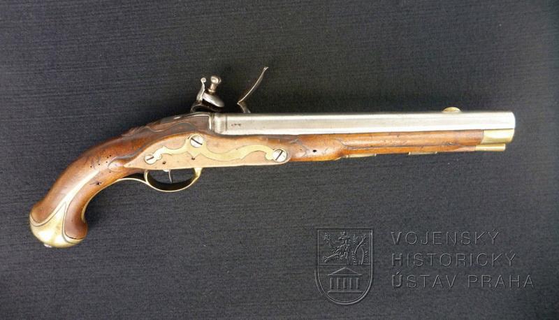 Saská jezdecká pistole s křesadlovým zámkem, kolem 1765