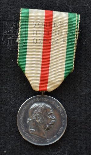 Stříbrná pamětní medaile 50. výročí obrany Tyrol