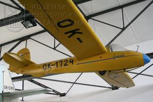 Zlín Z-124 Galánka