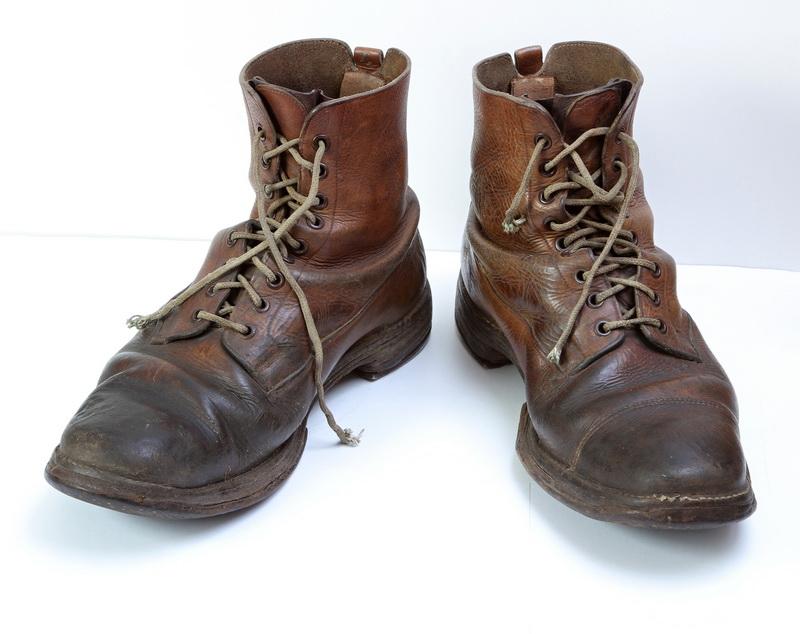 Příběh ze sbírek VHÚ: boty nadporučíka Oldřicha Pechala