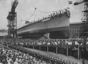 Křest a spouštění na vodu německé kapesní bitevní lodě Deutschland v kielských loděnicích, 19. květen 1931