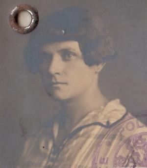 Jožka Jabůrková kolem roku 1927. Spoluvězeňkyně a přítelkyně Marie Pětrošové v Ravensbrücku. FOTO: VÚA–VHA
