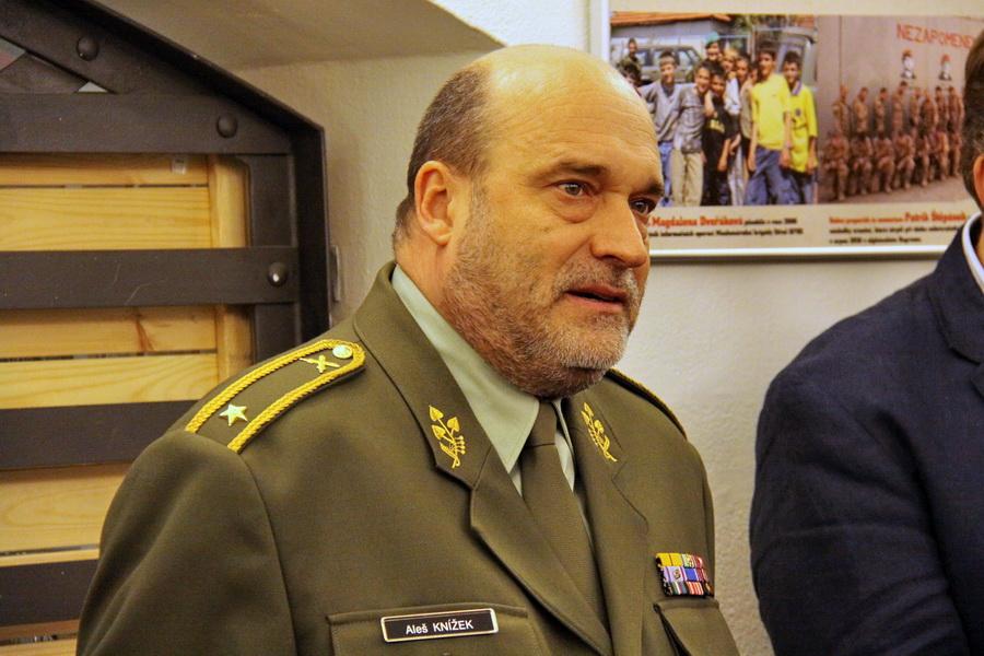 Ředitel VHÚ, brigádní generál Aleš Knížek při zahájení výstavy
