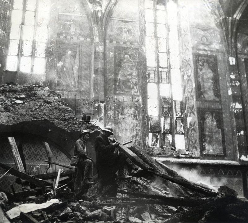 Následky amerického náletu na Prahu, únor 1945