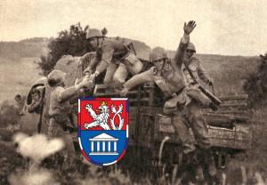 Nedostatek OT v armádě nahrazovaly nákladní automobily.