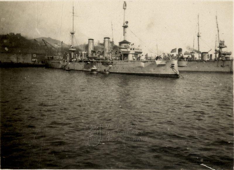 Americký chráněný křižník třídy New Orleans