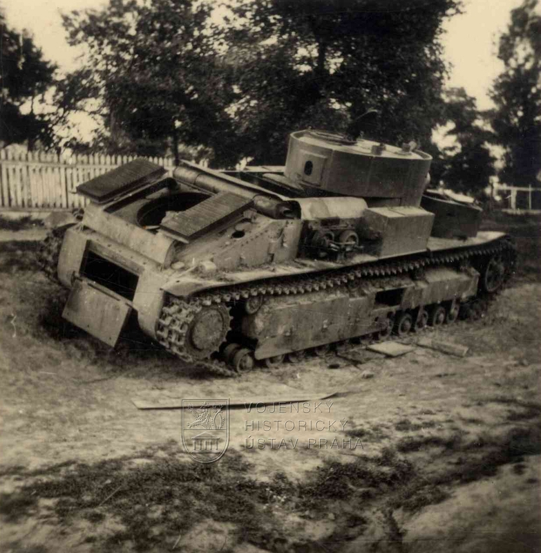 Sovětský střední tank T-28