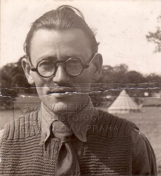 Československý interbrigadista, poté dvorní fotograf Beatles